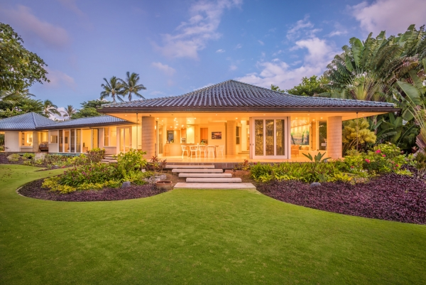 Anini Beach Front Home